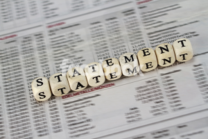 Difference between an Income statement and The Balance sheet